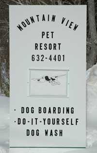 Sign for Mountain View Pet Resort